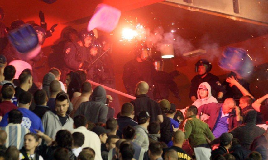Vatreni na oprezu: Pripremaju se neredi na utakmici Hrvatska – Mađarska?