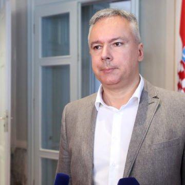 """Smiješno i žalosno: HSLS donio """"hrabru"""" odluku o ostanku u vladajućoj koaliciji"""