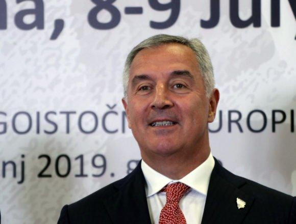 """Milo Đukanović je još jednom pokazo da je pravi """"crnogorski car"""": Na vlasti je od 1991. godine"""