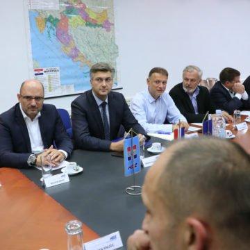 Plenković je sada Kovača proglasio sebičnim oportunistom: Nije želio otkriti kada će se održati izbori u HDZ-u