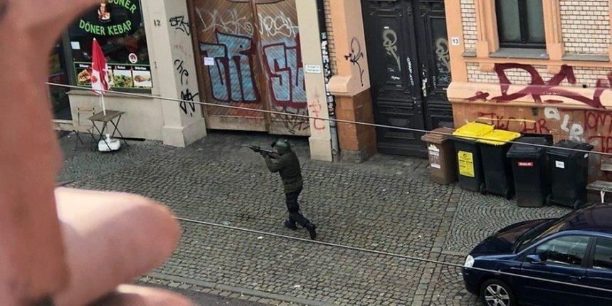 Video i slika napadača u Njemačkoj: Nosili vojnu uniformu i kameru