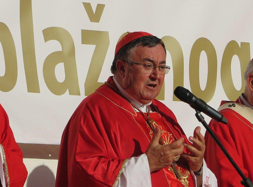 Kardinal Puljić optužuje vlast u BiH da kumuje migrantskom neredu: Imamo zapaljenih kuća, silovanja, provaljivanja