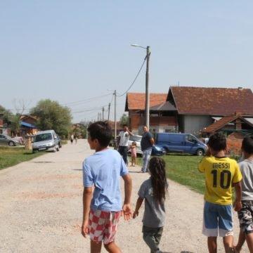 Otišla pregledati novorođenče u romskom naselju, svjedočila rafalnoj paljbi: Susrećemo se s alkoholizmom, napadima