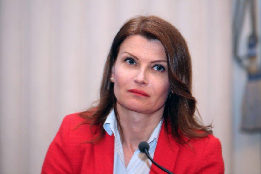 SDP-ovka Glasovac upozorava nastavnike: Čuvajte se HNS-ovaca,  njihova pomoć je kontraproduktivna