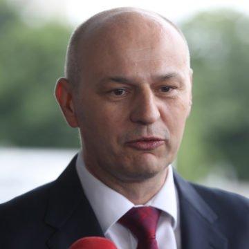 Kolakušić vidi Škoru kao glavnog konkurenta: Medije zanima tko kuha čobanac, a ne što sam ja radio u Europskom parlamentu