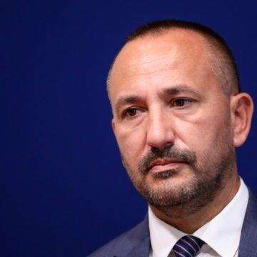 Zekanović zamjerio Šuici stav o pobačaju i engleski: HDZ vara konzervativne birače