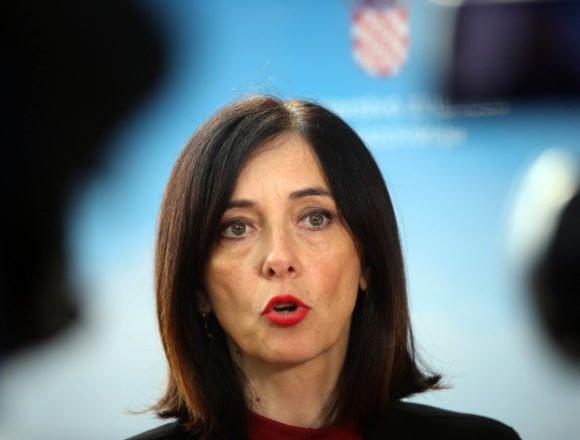 Ministrica Divjak i dalje ucjenjuje Plenkovića: Zašto ju premijer ne smijeni?