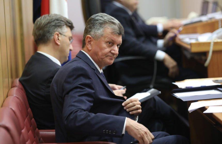 Plenković se danas sastaje s Kujundžićem: Kakva će biti ministrova politička sudbina?