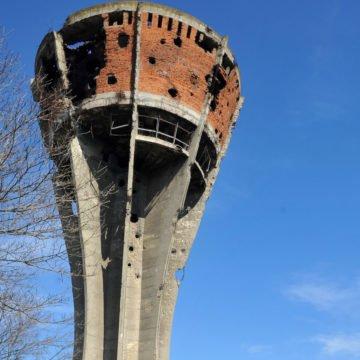 U Srbiji podižu ploču generalu JNA poginulom u napadu na Vukovar: To je veličanje agresije i šamar žrtvama, smatra HDZ