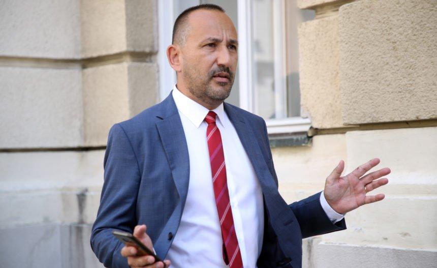 Zekanović o Mesićevim uvredama Kolindi: On je najgori hrvatski predsjednik. Ne podnosi domoljublje i suverenizam