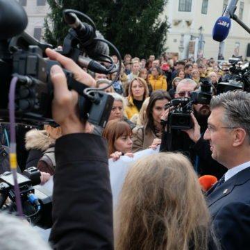Učitelji ne popuštaju:  Ako se ne ispune njihovi zahtjevi, nastavljaju štrajk. Što će učiniti Plenković?