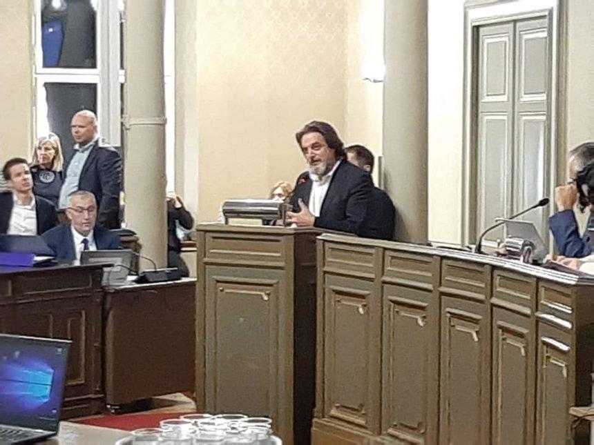 Drama u zagrebačkom HDZ-u: Ivan Kujundžić ne želi više biti zastupnik