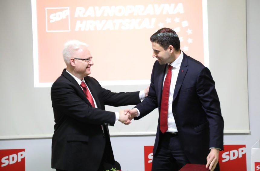 Bernardić kao u vrijeme crnog komunizma: Građanima čestitao Novu godinu, a Božić nije ni spomenuo