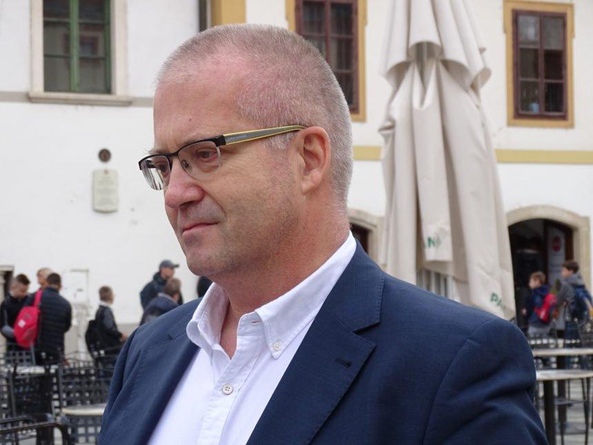 Dirljiv oproštaj doktora Zorana Bahtijarevića: Oprosti mi mama što sam bio ljut