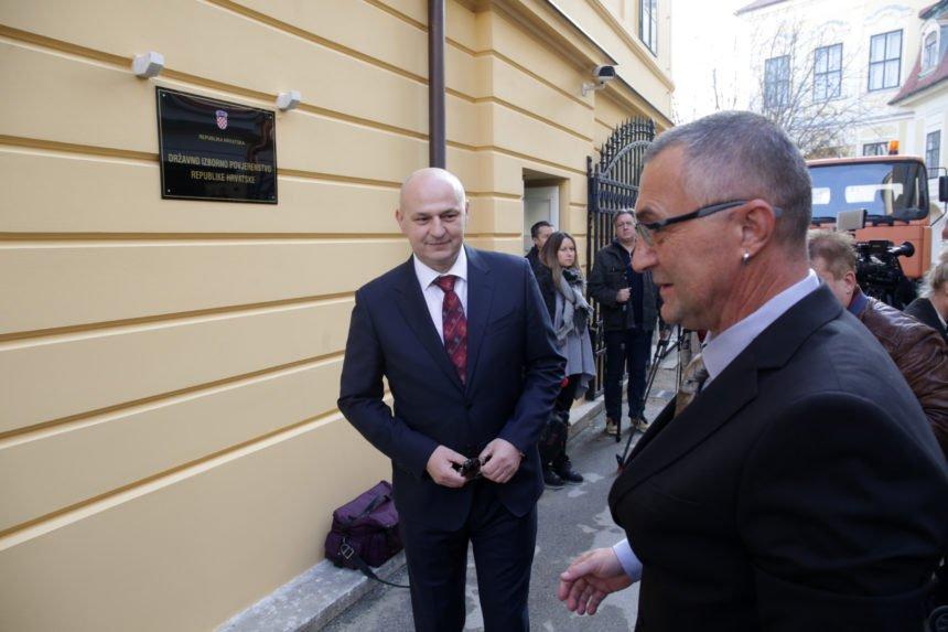 Kolakušić optužuje Plenkovića: Odobrili ste progon mojih volontera, siguran sam da su vaši uzori Staljin i Berija zadovoljni