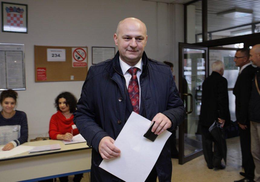 Kolakušić se sakrio nakon izbornog fijaska: Nije se uopće javljao novinarima