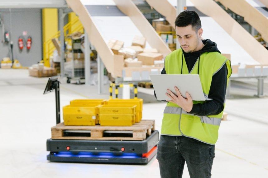 Roboti u službi čovjeka: Hrvatska pošta pokrenula pilot-projekt s Gideon Brothersom
