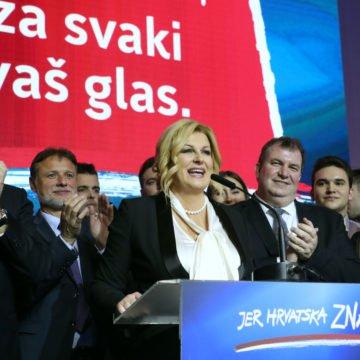 Umjesto da traži pravog crnog labuda, Plenković nojevski zabija glavu u pijesak: Zašto je Kolinda izgubila izbore?