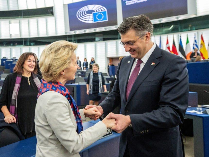 Sinčić napao Plenkovića usred Europskog parlamenta: Ponašate se kao sitni prevarant. Dvije godine skrivate informacije
