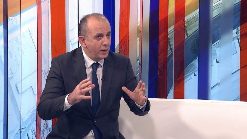 Analiza Dražena Ćurića: Hrvati biraju manje zlo. Više od 70 posto birača ne želi ni Kolindu ni Milanovića