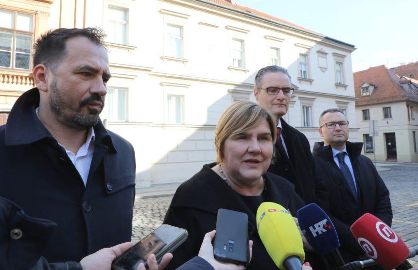 Željka Markić: Kada je Oliver Frljić širio govor mržnje, pljeskala mu je ministrica Nina Obuljen Koržinek