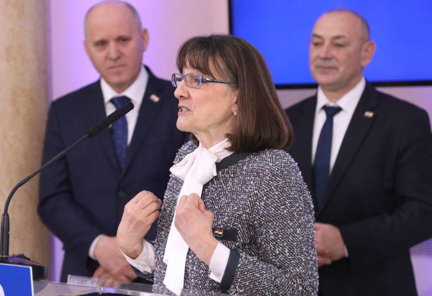 Zakasnila je samo 30 godina: Zdravka Bušić se zalaže da se malo jače kontroliraju uhljebi koji ulaze u HDZ