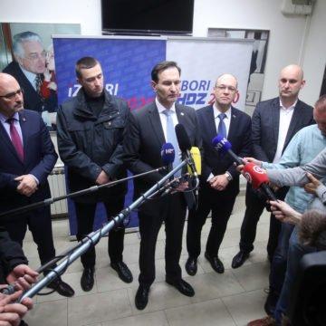 """Kovačeva Opcija za promjene pokazala snagu u Splitu: Penava optužio Plenkovića da """"ideološki  luta"""""""