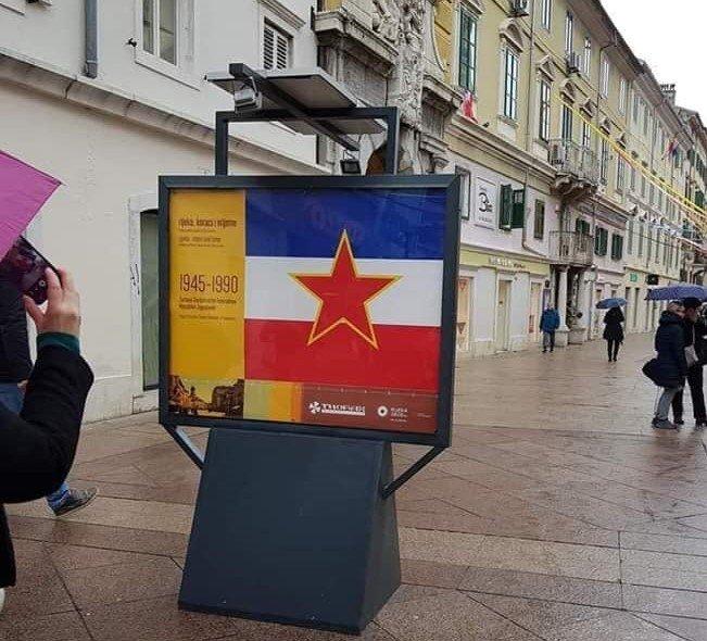 Đakić i HVIDRA zgroženi postavljanjem zloglasne zastave komunističke Jugoslavije: Pod tim je simbolima izvršena agresija