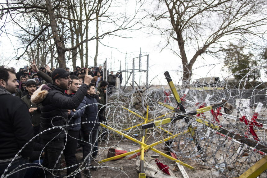 Grčka će vratiti sve ilegalne migrante: Optužila je Tursku da izaziva krizu i kaos na granici