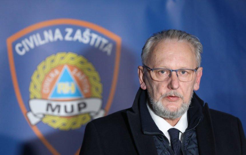 Ubitačna kritika Zorana Šprajca: Koronavirus je umro od dosade na presici Davora Božinovića