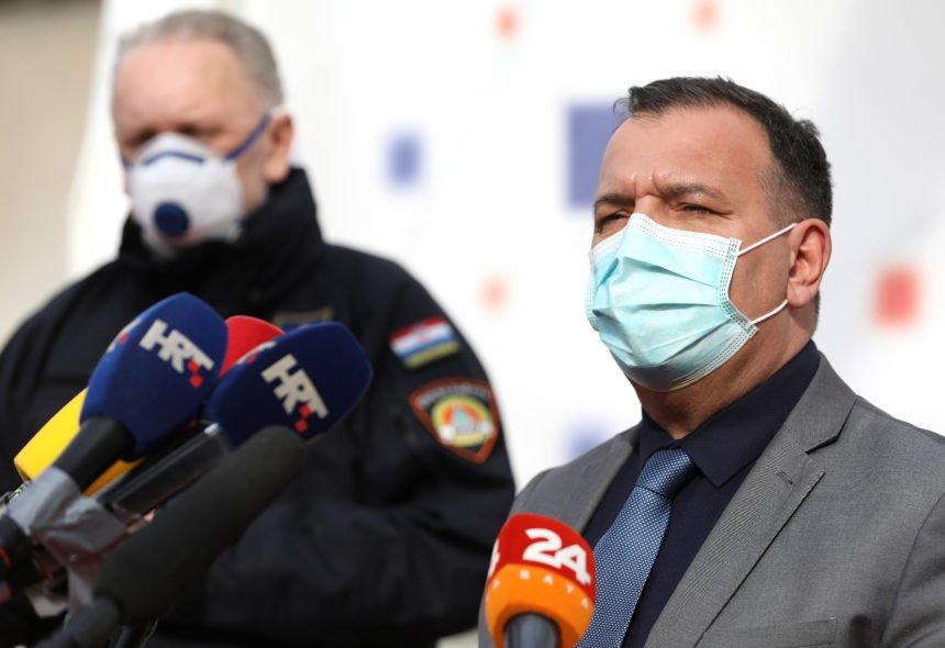 Ministar Beroš nakon druženja s Ninom Badrić: Nisam ugroržen, Nina nije kontakt