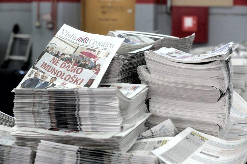 Još jedan udarac za tiskane medije: Vlada tvrdi da prenose koronavirus
