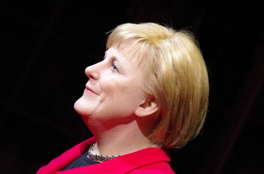 Migrantska politika je srušila, ali ju je podigao virus: Angeli Merkel sada vjeruje čak 80 posto Nijemaca