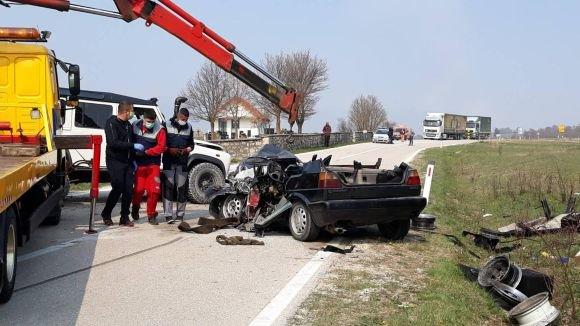 Stravična prometna nesreća u Livnu: Poginule četiri mlade osobe