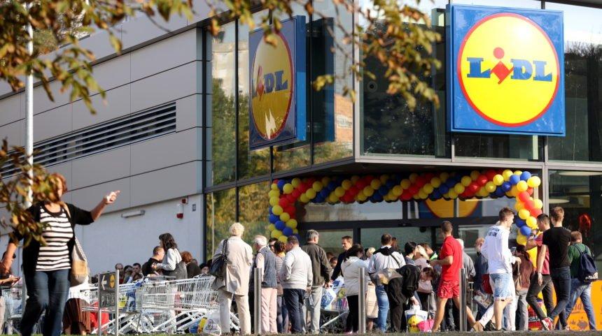 Glas naroda, glas razuma: Čak 60 posto građana protiv toga da trgovine rade nedjeljom
