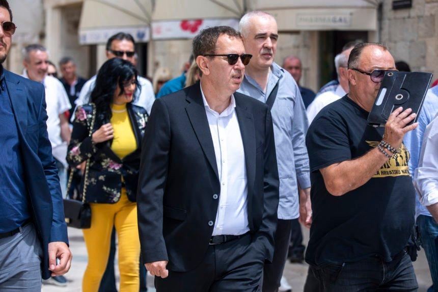 Robert Pauletić je uvjeren da je ministar Beroš lažni Dalmatinac: Moguća koalicija s HDZ-om ako Plenković ode