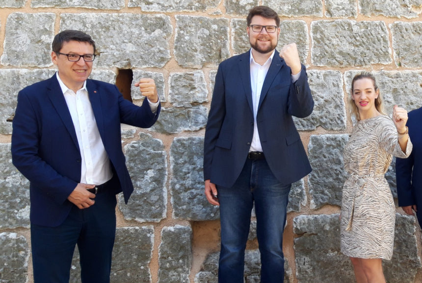 I Željko Jovanović vidi ustašku guju: Ne dopustite da u vladu uđu ustaški nostalgičari i rigidni katotalibani