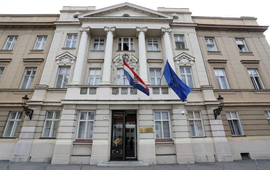Sutra Hrvatska bira tko će vladati zemljom: Iziđite na biralište, nemojte se bojati korone
