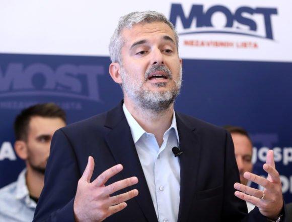 Raspudić kritizirao sve redom: Kolegica iz SDP-a se upinje da ne bi slučajno koja beba ostala nepobačena