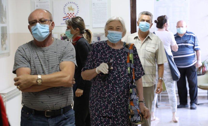 Otvorena su birališta u Hrvatskoj: Ne bojte se, iziđite na izbore i glasajte!