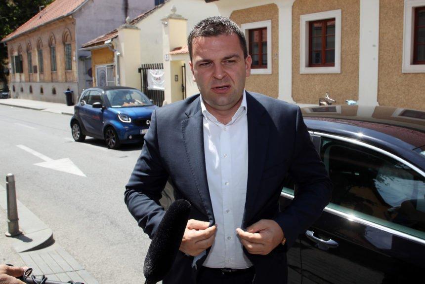 Oslobodio ga samoizolacije: Kako je Capak pomogao svom koalicijskom partneru Dariju Hrebaku
