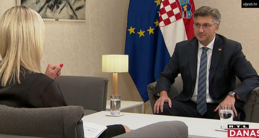 """Pupovac neće ići na proslavu u Kinin: Hoće li s Vučićem biti na """"komemoraciji žrtava Oluje""""?"""
