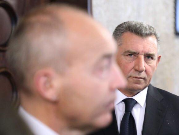 """Hoće li Gotovinu u Kninu slušati i Vladimir Šeks: A upravo je on rekao da generala treba """"identificirati, otkriti, uhititi i transferirati"""""""