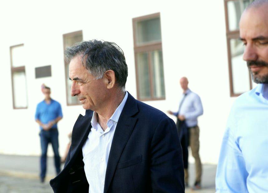 Pupovac najavio da će se pokloniti žrtvama u Škabrnji: Zašto je oštro kritizirao ministra Gordana Grlića Radmana