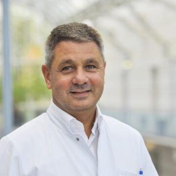 Poznati berlinski infektolog upozorava: AstraZenecino cjepivo nije loše, samo nije za one koji su navršili 65