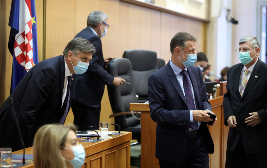 """Plenković ponovno optužio Domovinski pokret da """"huška i širi govor mržnje"""""""