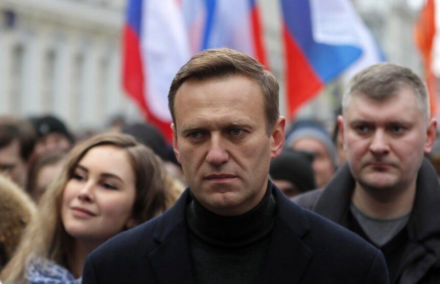 Progovorio liječnik koji je primio otrovanog Navalnog: Hoće li preživjeti žestoki Putinov kritičar?