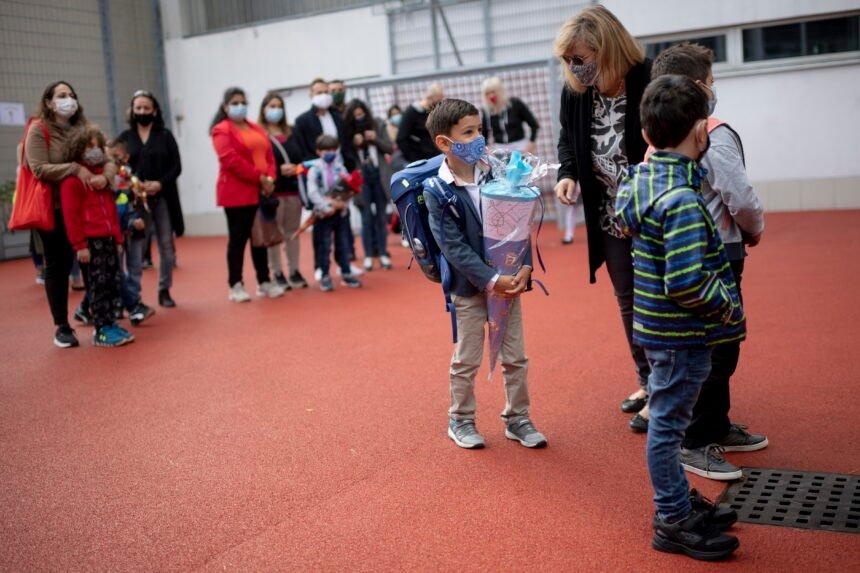 Veliko znanstveno istraživanje potvrdilo: Djeca se odlično nose s koronom
