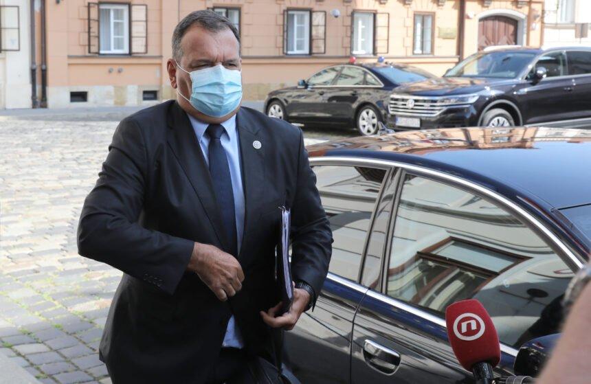 """Još jedan katastrofalan gaf ministra Beroša: Ranjenog policajca nazvao """"dotičnim"""""""