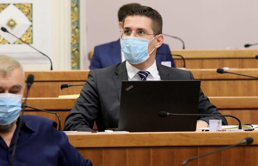 Troskot ne odustaje: Plenkovićeva nervozna reakcija dodatno mi je pobudila sumnju da je nešto razgovarao s Macronom